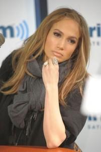 Jennifer cries after sending Chris Medina home from Vegas