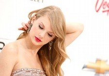 Music video drama for Taylor Swift in Nashville