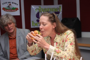 Biting into a Michigan Olive Burger with Smashburger Founder, Tom Ryan!