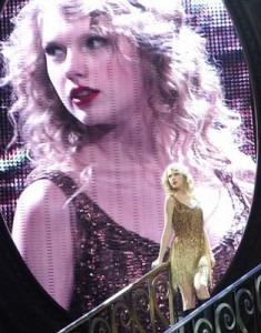Taylor Swift tells Channel 957 her pre-show ritual backstage!
