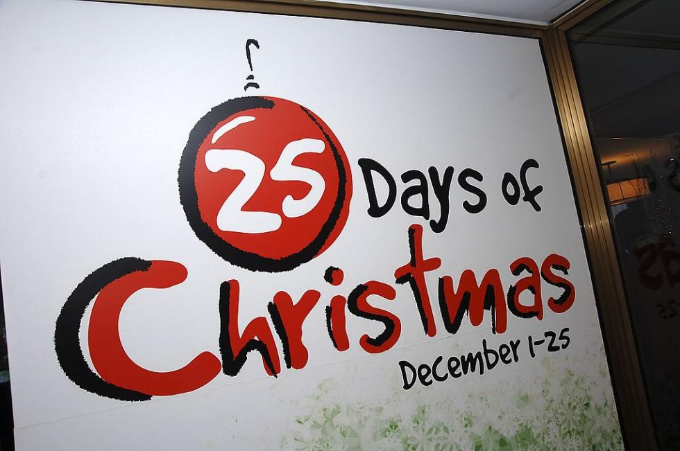 abc familys 25 days of christmas schedule video